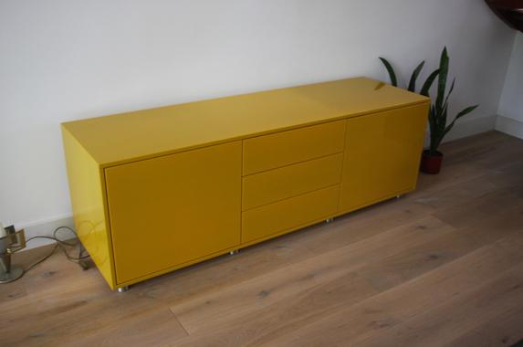 Tv Meubel Met Rvs Poten.Design Dressoir Op Maat In Elke Kleur Gespoten Na Eigen Configuratie