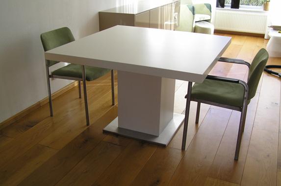 Zwart Wit Hoogglans Eettafel.Design Eettafel Op Maat Met Grote Afmetingen Gespoten Of In